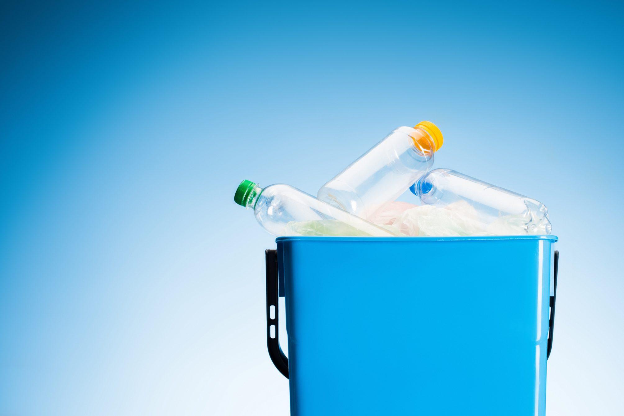 Plastic and bioplastics